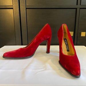 SERGIO ROSSI vintage red velvet heels